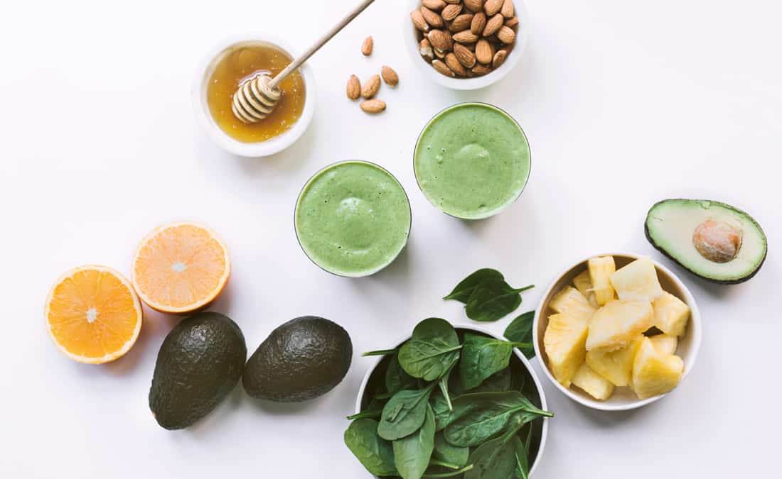 Avocado and Pineapple Green Smoothie