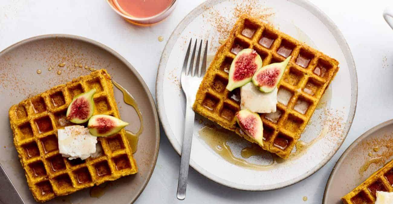 Vegan Pumpkin Spice Waffles (gluten-free)